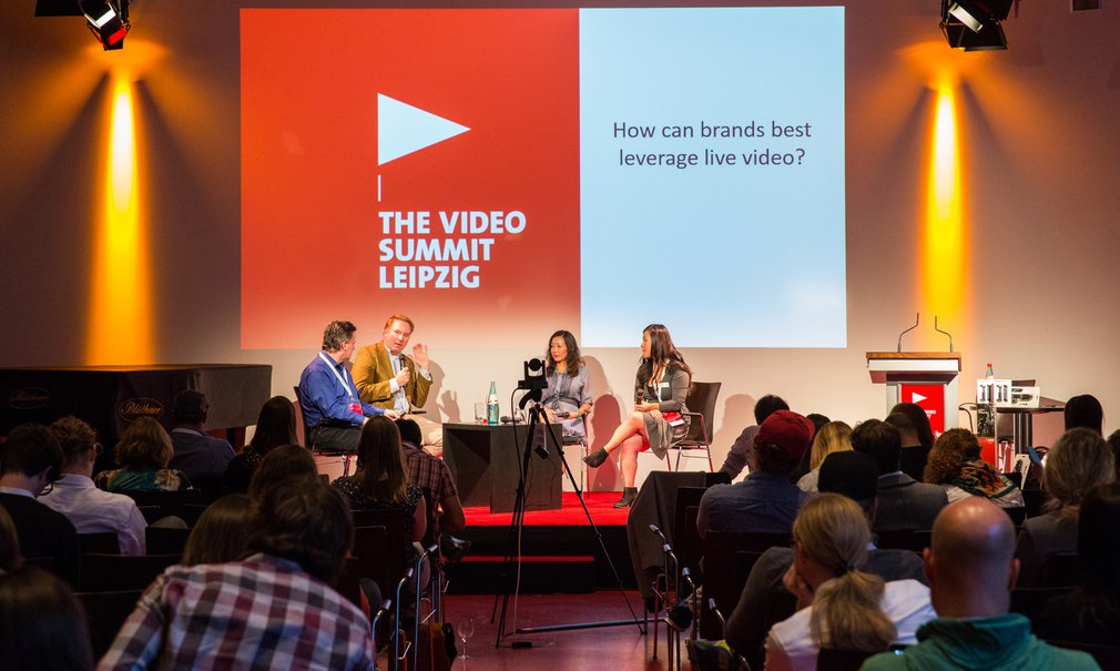 "Der ""Video Summit"" im Schillersaal 1"
